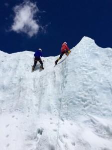 Ada訂立了攀上珠穆朗瑪峰的目標,希望以身作則證明給學生看,如何逐步實現理想。