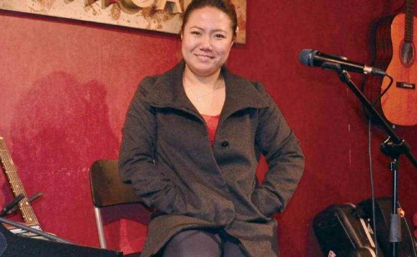街頭歌手張潔瑩 棄高薪堅定踏聲途