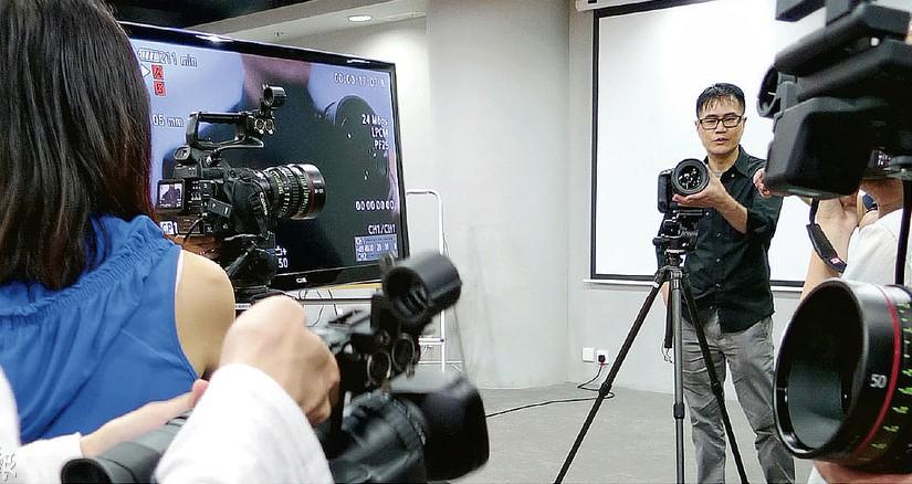 數碼短片拍攝與製作  故事、影像、聲音、打燈技巧活學活用
