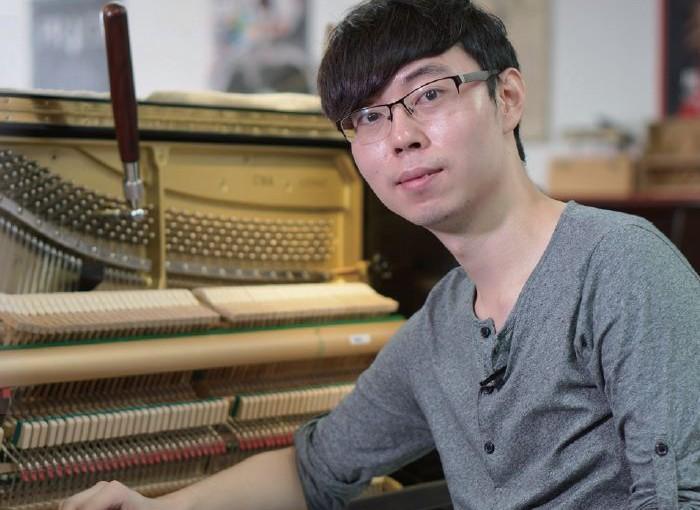 鋼琴調音師 默默耕耘 鑽研調音 享受音符的浪漫情懷