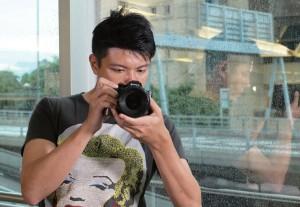 Joman指,婚紗和婚禮攝影的工作各有不同。