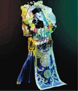 「靈堂」造型——這「靈堂」造型服飾,由真人演繹靈堂黑白相,Jeanie說,由構思到製成,花了四個月時間。(圖﹕受訪者提供)