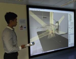 放射治療課程的內容包括放射治療機器的使用方法,例如圖中的TrueBeam™ 放射治療系統。(圖片由東華學院提供)