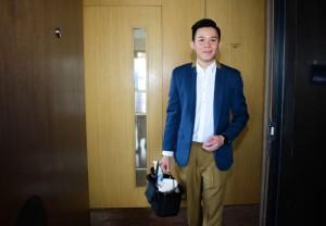Toby在香港東隅酒店從事房務工作,其出色表現令他成功由房務員擢升 為房務領班。