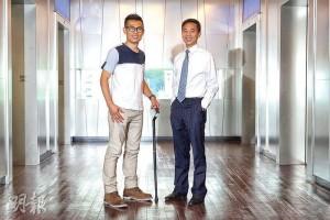 BNET Tech共同創辦人梁渭聲(右)和林鴻傑(左)是中學同學,為了研發「最潮」的智能拐杖StickU,兩人一起創業。(曾憲宗攝)