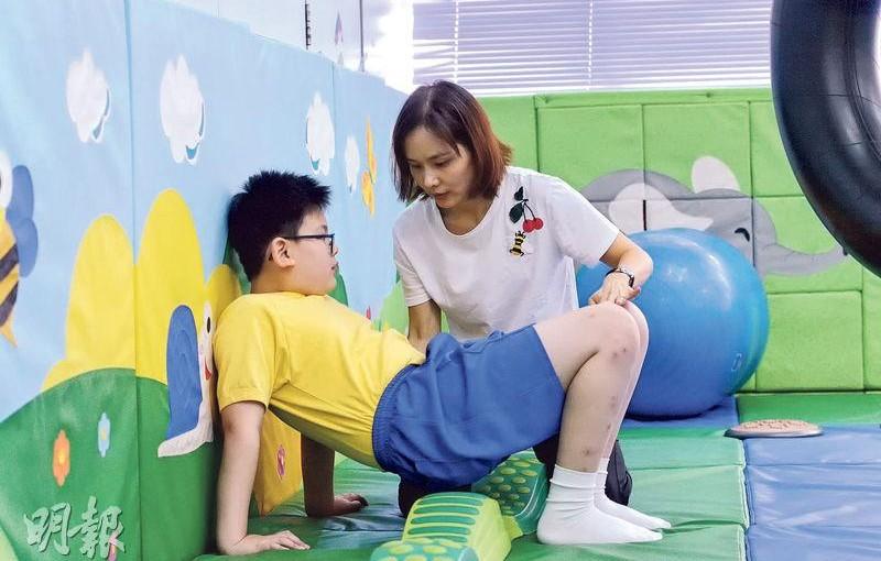 林鄭撥資源 待遇前景遜 特殊校職業治療師招聘難