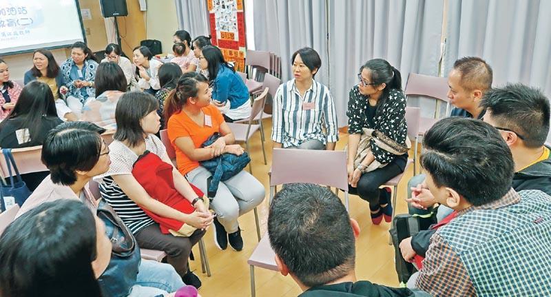 幼稚園社工  及早識別介入  處理學生及家庭危機